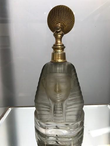 Vaporisateur à parfums Baccarat 'Ramses' transformé en vaporisateur avec monture ancienne